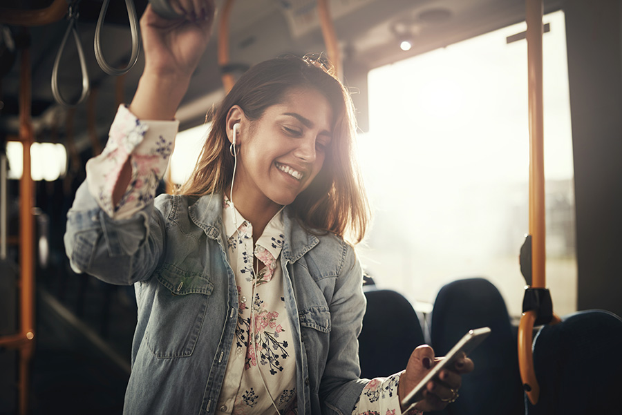 11 Ways to Make Time Fly On Your Commute
