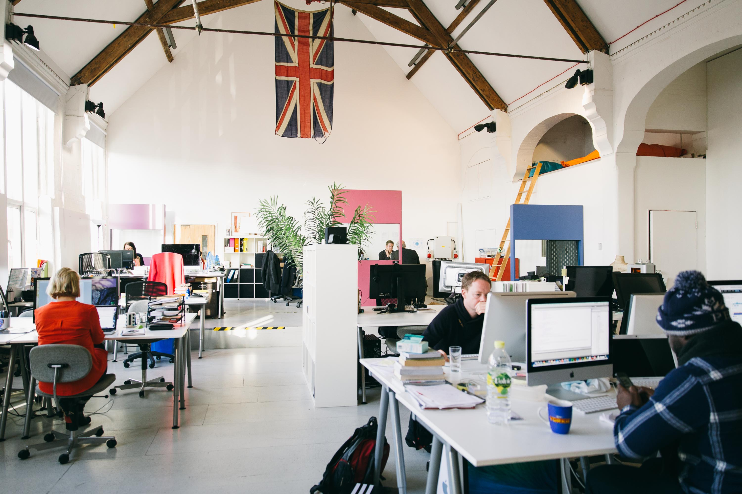 Why is coworking the perfect place for your startup?